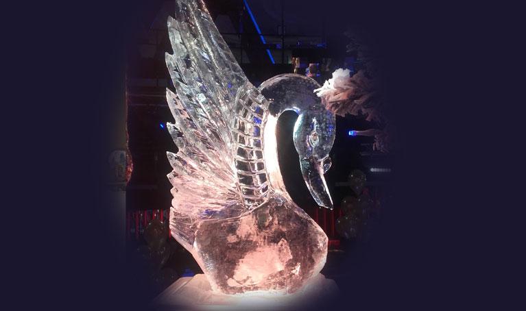 En Hielo Blasco fabricamos esculturas de hielo para eventos